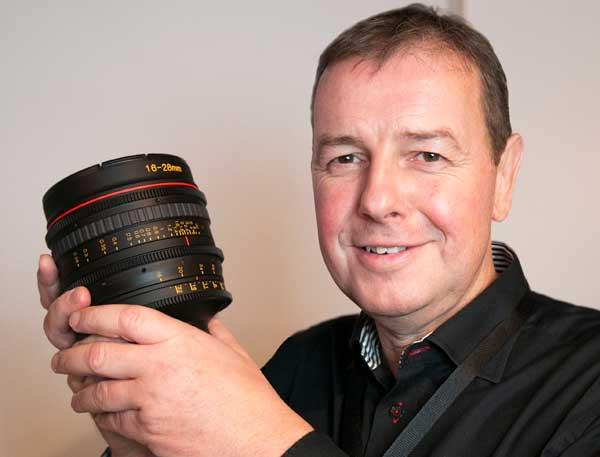Det lille kamera fra Miro kan optage flere hundrede tusinde videoframes i sekundet, fortæller Peter Christian Lange fra Precision Technic Nordic. - MikaelWestheimer_Tokina